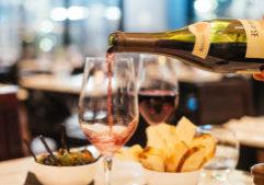 Wine tasting at Capeesh Sky Bar - Canary Wharf